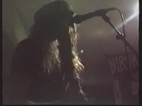 Nirvana: Recitales 1988 - 1994 6-27-89_3